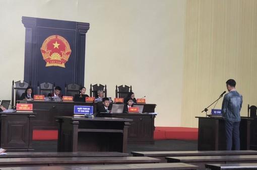 """Xét xử đường dây đánh bạc nghìn tỷ ở Phú Thọ:  Trùm đại lý """"ôm"""" gần 1.600 tỷ đồng bỏ trốn"""