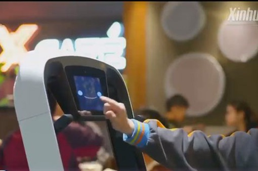 Trải nghiệm nhà hàng robot