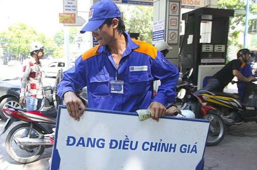 Ngày 21/11, giá xăng có thể giảm đến 1.500 đồng/lít