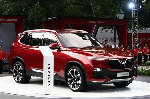 Vinfast ra mắt mẫu xe mới: Người tiêu dùng băn khoăn gì?