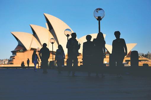 Australia cân nhắc giảm số lượng người nhập cư