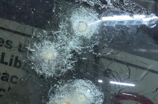 Venezuela: Người dân bọc thép, lắp kính chống đạn cho ô tô