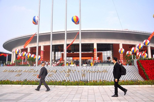 Bàn giao sau bảo hành công trình Cung hữu nghị Việt-Trung