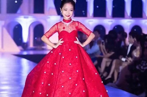 Nhiều bạn nhỏ Việt Nam thử sức với vai trò người mẫu nhí