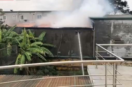 Đang xảy ra cháy gần trụ sở VFF