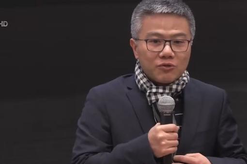Giáo sư Ngô Bảo Châu nhận giải thưởng toán học tại Pháp