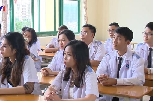 Từ năm 2019 sẽ có điểm sàn riêng cho ngành đào tạo giáo viên, sức khỏe