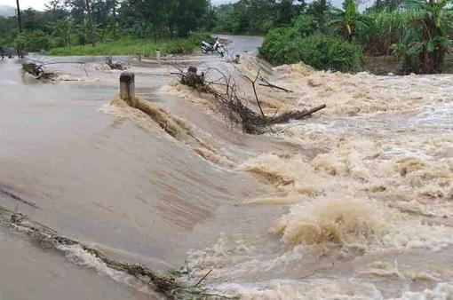 Đắk Lắk: Mưa lớn gây ngập lụt cục bộ tại huyện vùng sâu M'Đrắk