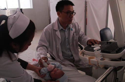 Khám sàng lọc bệnh tim tại Lâm Đồng: Để không một trẻ em nào bị bỏ lại phía sau