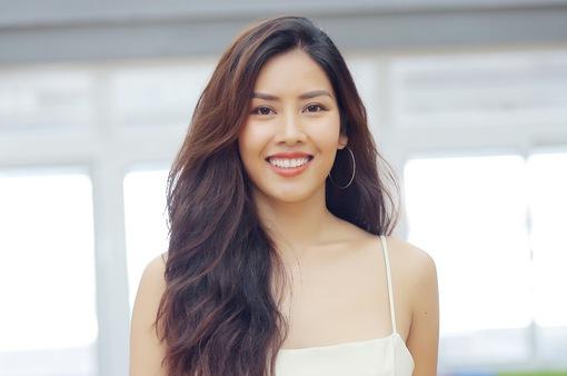 Nguyễn Thị Loan: 'Thanh xuân của tôi không chỉ dùng để đi thi hoa hậu'