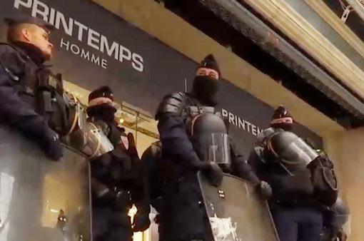 Lực lượng cảnh sát Pháp đe dọa đình công