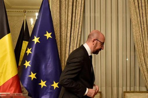 Thủ tướng Bỉ thông báo từ chức