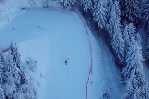 Rise and Fall - Cuộc thi tiếp sức kì lạ trên trời và tuyết