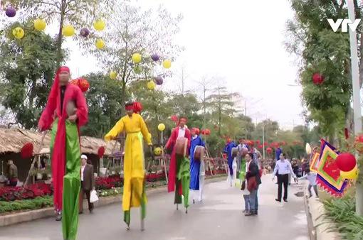 Sôi nổi lễ hội du Xuân 3 miền tại Hà Nội