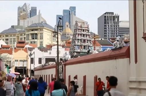 """Singapore """"lì xì"""" hàng trăm triệu USD cho người dân"""