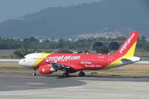 Nhiều chuyến bay bị hủy do thời tiết xấu ở Vinh
