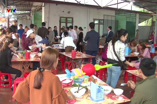 Hà Nội: Kiểm tra an toàn thực phẩm tại lễ hội Đền Sóc