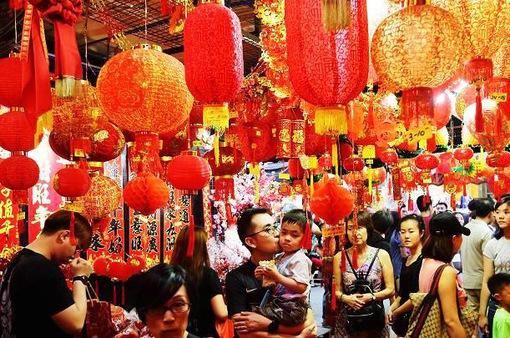 Người dân châu Á chi bao nhiêu cho Tết Nguyên đán?
