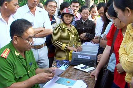 Cải cách đẩy nhanh tiến độ cấp giấy CMND cho dân tại Sóc Trăng