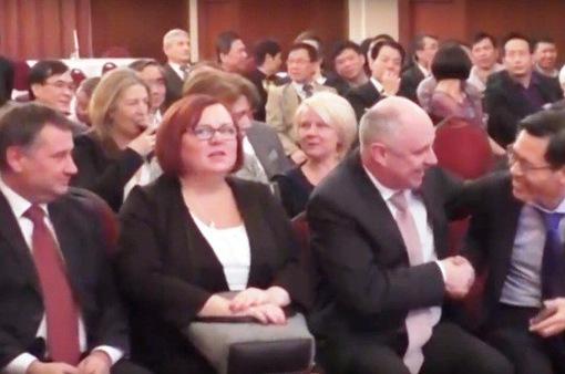 ĐSQ Việt Nam tại Hungary gặp mặt ngoại giao đầu xuân Mậu Tuất