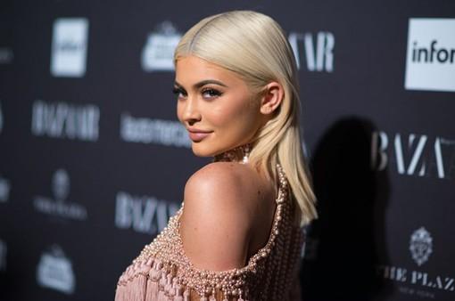 Kylie Jenner bình luận một câu, Snap mất 1,5 tỷ USD