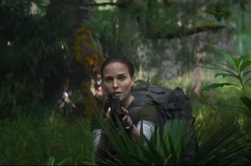 """""""Vùng hủy diệt"""" - Sự trở lại của """"thiên nga đen"""" Natalie Portman"""