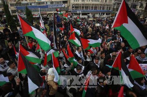 Người dân Palestine phản đối Mỹ chuyển Đại sứ quán