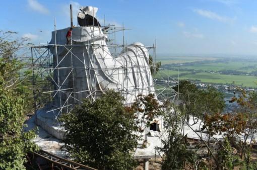 DN xây thêm tượng Bà Chúa Xứ núi Sam, người dân An Giang bức xúc