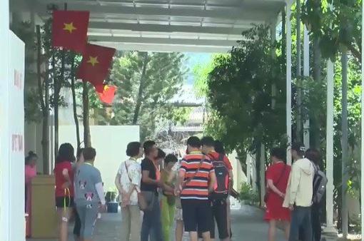 Khách Trung Quốc đến Nha Trang tăng mạnh: Đáng lo hơn đáng mừng!