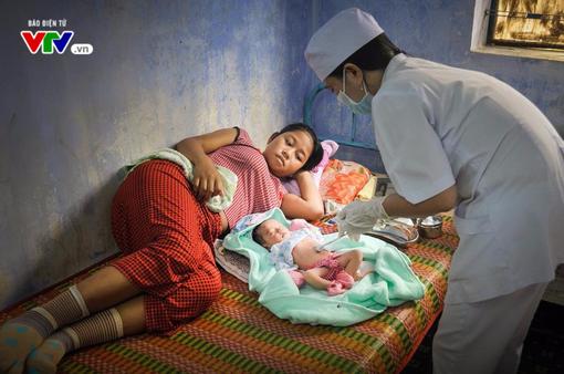 Tăng cường công tác đảm bảo sinh đẻ an toàn cho bà mẹ và trẻ sơ sinh