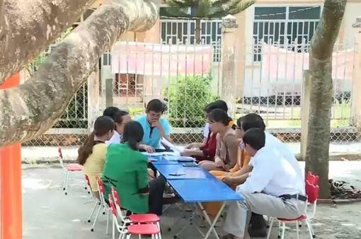 120 giáo viên bỗng dưng mắc nợ hàng tỷ đồng