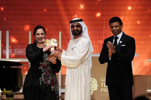Cô giáo Anh nhận giải giáo viên toàn cầu trị giá 1 triệu USD