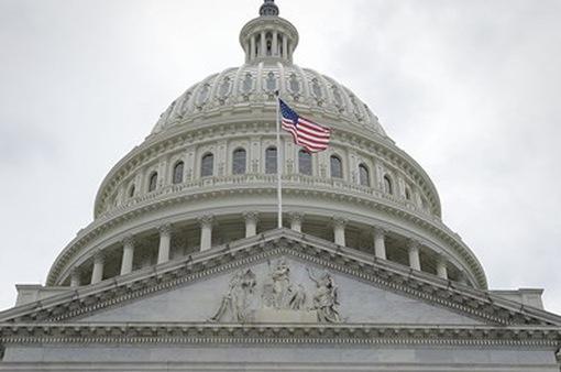 Quốc hội Mỹ công bố gói chi tiêu trị giá 1.300 tỷ USD