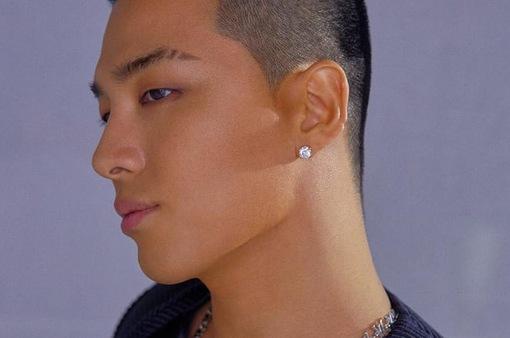 Sau G-Dragon, Tae Yang lộ ảnh ở quân đội