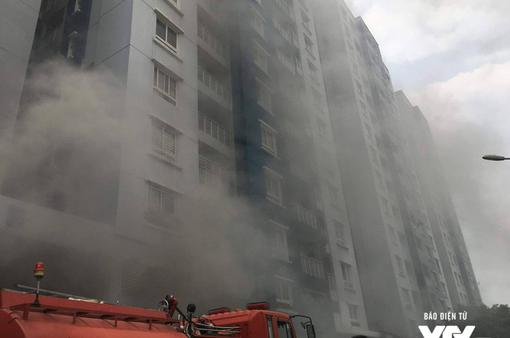 Cháy chung cư tại TP.HCM: Sau tòa nhà A, tầng hầm bên tòa nhà B bùng cháy