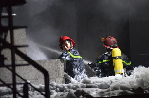 Xử trí khẩn cấp khi bị ngạt khói trong đám cháy
