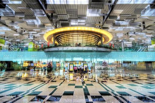 Changi (Singapore) tiếp tục là sân bay tốt nhất thế giới 6 năm liên tiếp