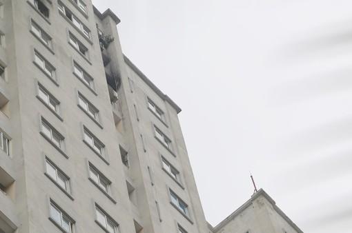 Cháy chung cư CT5A đô thị Văn Khê Hà Đông do chập điện