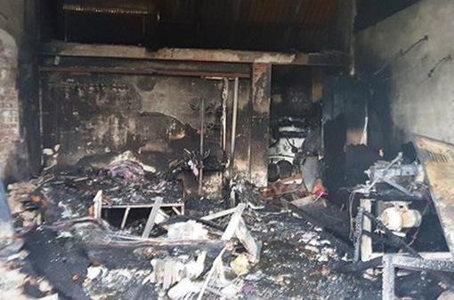 Cháy cửa hàng điện lạnh ở Nam Định, 3 mẹ con tử vong thương tâm