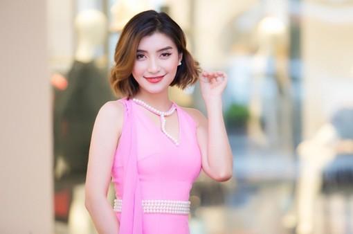 """Tiêu Châu Như Quỳnh: """"20 tuổi tự lập, quyết định mọi thứ"""""""