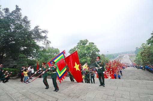 Giỗ tổ Hùng Vương: Thủ tướng dâng hương tưởng niệm các vua Hùng