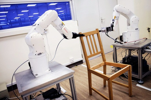 Robot lắp ráp đồ nội thất ở Singapore