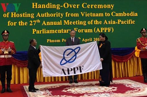 Việt Nam bàn giao chức Chủ tịch APPF cho Campuchia