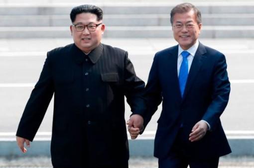 Lãnh đạo Triều Tiên nói gì khi Tổng thống Hàn Quốc bước qua Đường ranh giới quân sự: Chúng ta đã có một khoảnh khắc lịch sử