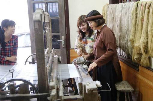 Hồi sinh làng nghề dệt đũi Nam Cao