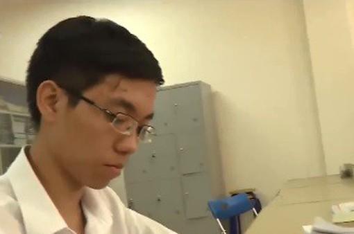 Đoạt Huy chương vàng Olympic Vật lý châu Á từ phương pháp học không phấn