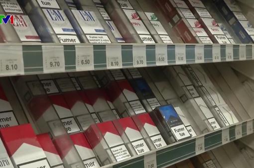 Pháp tăng mạnh thuế thuốc lá để giảm tỷ lệ sử dụng