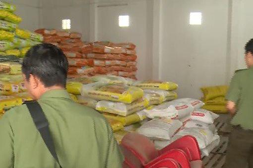 Thanh tra đột xuất một số cơ sở sản xuất, kinh doanh lúa giống ở Đồng Tháp