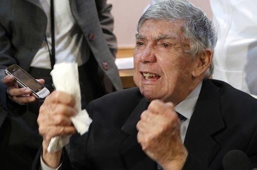 Trùm khủng bố chống Cuba chết tại Mỹ