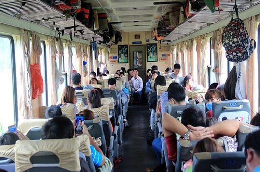 Đâu là vị trí chỗ ngồi an toàn nhất trên tàu hỏa?